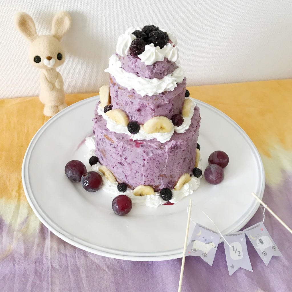 ブルーベリーのデコレーションケーキ